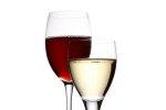 lampki z winem białym i czerwonym
